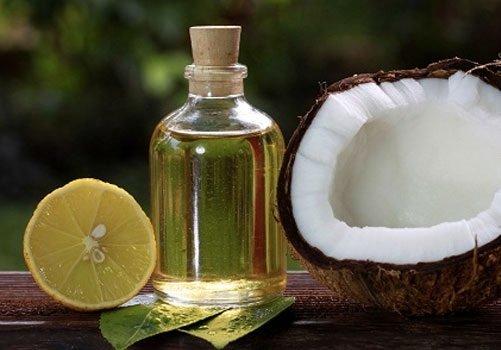trị mụn bọc bằng dầu dừa 7